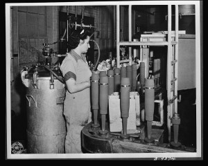 Shell loading at a large Midwest ordnance plant,1943 c/o Library of Congress Archives